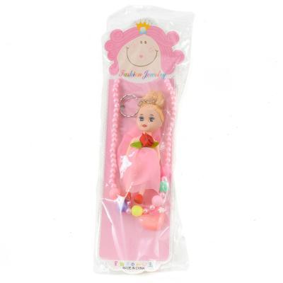 Набор бижутерии для девочки ( куколка-брелок, бусы )