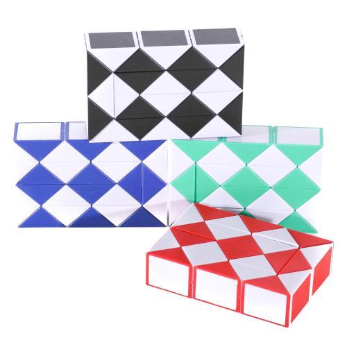 Игра 668-11 (480шт) головоломка, змейка, 3 цвета, 668-11