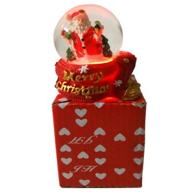 "Новогодняя статуетка ""Дед мороз в шаре"""