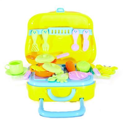Продукты посуда, чемодан(на колесиках) -кухня,посуд