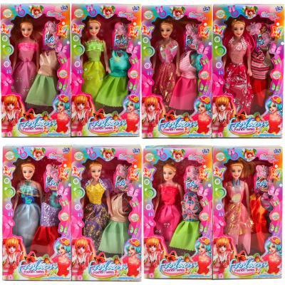 Кукла с нарядами и аксесуарами, 2 платья